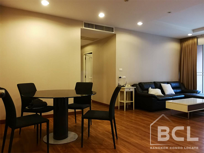 2 Bed / 2 Bath Condo for Rent at The Rise Sukhumvit 39, BTS Phrom Phong