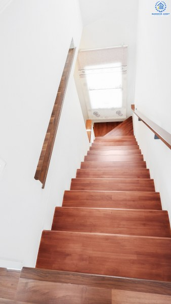 """ม.บ้านใหม่2 พระราม2-พุทธบูชา คุณภาพแบรนด์ L&H บ้านพร้อมอยู่ ฟังก์ชั่น 3 ห้องนอน 3 ห้องน้ำ บนทำเลศักยภาพ เชื่อมสู่หลายเส้นทางได้อย่างรวดเร็ว ใกล้เซ็นทรัลพระราม2 ม.พระจอมเกล้าธนบุรี และจุดขึ้นทางด่วน """"บางครุ3"""""""