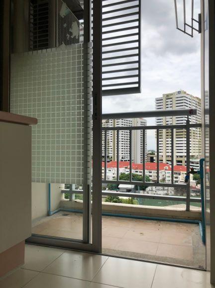 ขายคอนโด เลอริช (Le rich) 2 ห้องนอน ชั้น 11 และ สตูดิโอ ชั้น 6