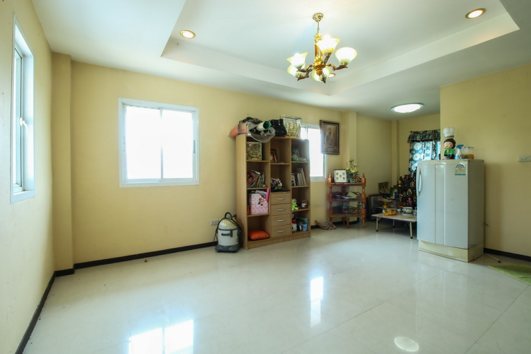 บ้านเดี่ยว 2.5 ชั้น ปลูกสร้างเอง เพชรเกษม 68 สาย 1 บางแค บางแวก 113.4 ตร.ว ต่อเติมห้องนอนชั้นล่าง ใกล้รถไฟฟ้า MRT