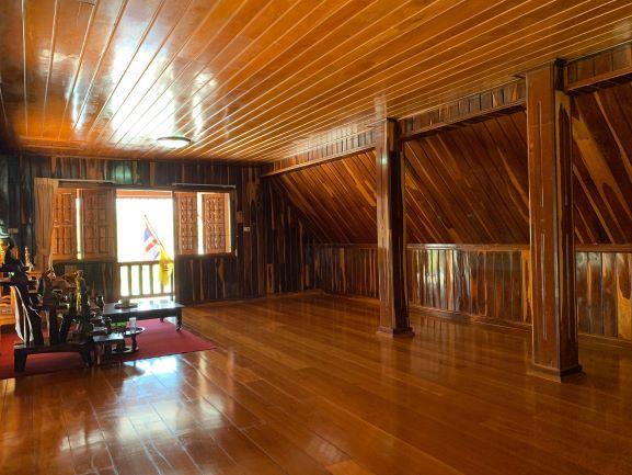 บ้านไม้ 2 ชั้นพร้อมเฟอร์นิเจอร์ไม้พร้อมที่ดิน 416 ตร.ว จ.ตราด