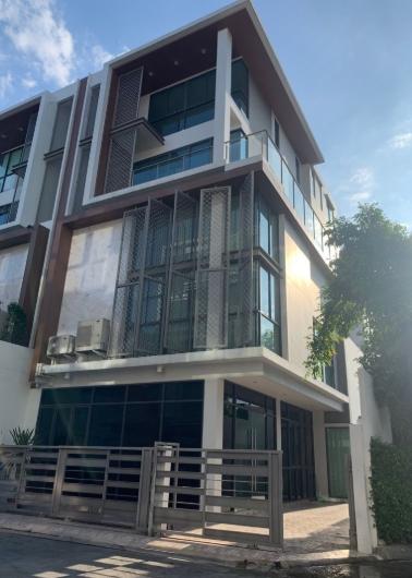 ขายอาคารโฮมออฟฟิศ 4 ชั้นครึ่ง โครงการ เจด ไฮท์ สาทร-พระราม 3 ทำเลทอง ใจกลางเมือง