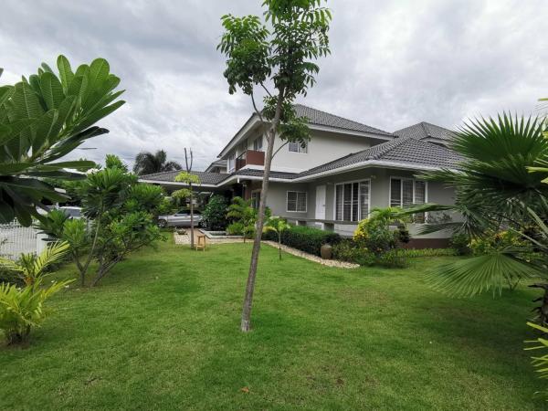 ขายด่วน บ้านสวยมากพื้นที่เยอะ สวนสวยมาก เนื้อที่ 99.6 ตารางวา
