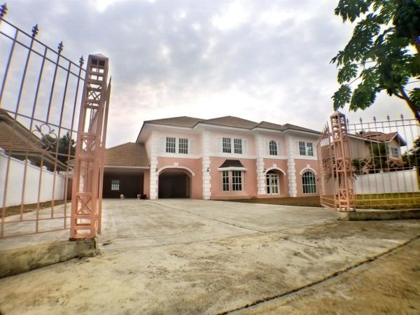 บ้านใหม่มือหนึ่ง สไตล์ยุโรป ขนาด 5 ห้องนอน เพียง 10 นาที จากเซ็นทรัลเฟสติวัลเชียงใหม่