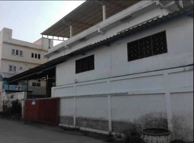 ขายอาคารโรงงาน พร้อมที่พักอาศัย 144 ตรว ซอยสุขทวี ถนนบรมราชชนนี 76  พร้อมใช้งาน