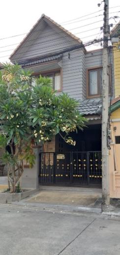 ให้เช่าทาวน์โฮม 2 ชั้น หมู่บ้านแมกไม้ วัชรพล (หน้าตลาดวงศกร) บ้านสวยน่าอยู่