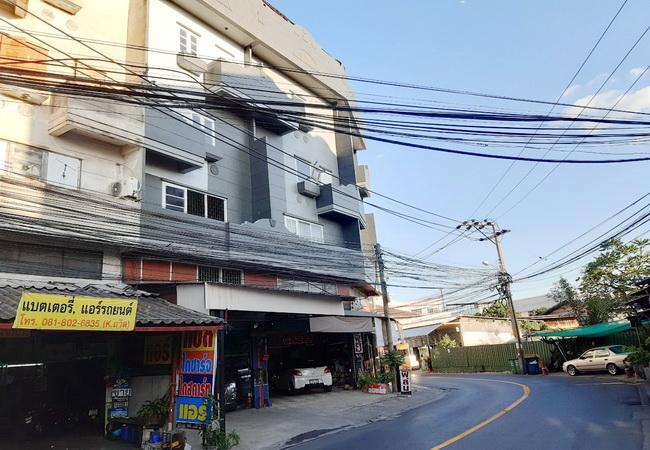 ขาย อาคารพาณิชย์ ซอยนวมินทร์ 111 ถนนนวมินทร์ เขตบึงกุ่ม กรุงเทพมหานคร