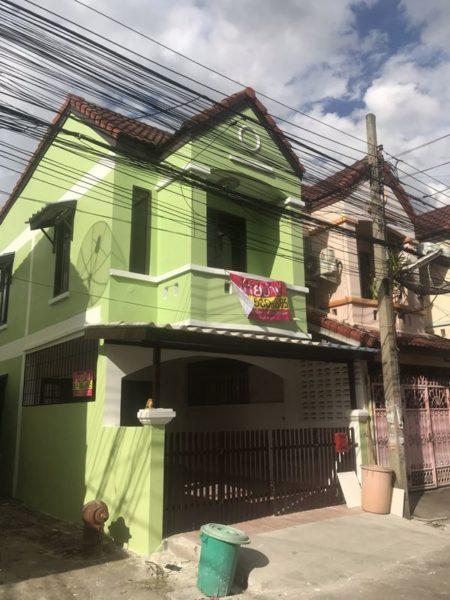 ขายบ้านสวนนนท์ 2 ถ.บางกรวย ไทรน้อย นนทบุรี ใกล้ วัดแดงประชาราษฎร์ 2 ชั้น ตกแต่งใหม่ พร้อมเข้าอยู่
