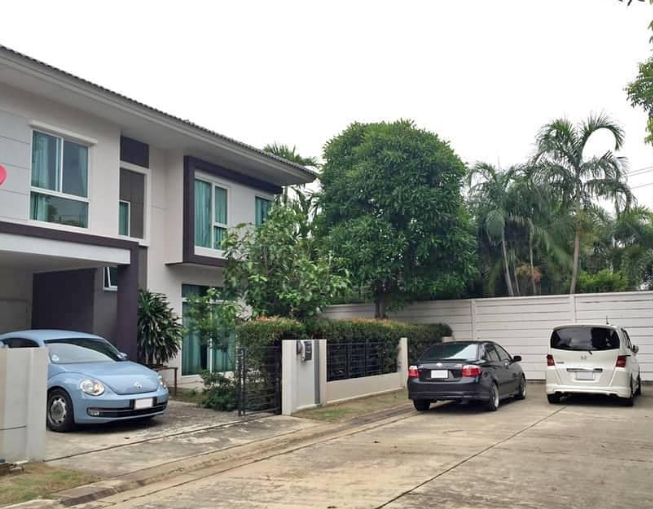 BC004 เช่า และ ขาย บ้านเดี่ยว 2 ชั้น เดอะทรัส กาญจนาภิเษก-หทัยราษฎ์ บ้านสวย น่าอยู่ หลังริม