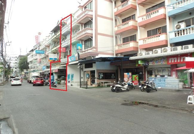 ขาย อาคารพาณิชย์ ซอยลาดพร้าว 80 แยก 22 ถนนลาดพร้าว เขตวังทองหลาง กรุงเทพมหานคร