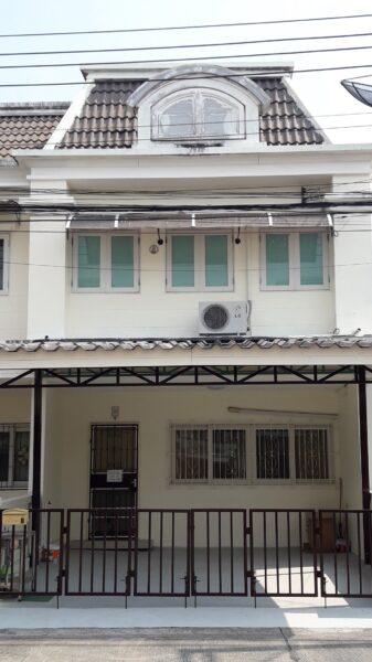 17,000 บาทต่อเดือน ทาวน์โฮม ใกล้แยกพัฒนาการ อ่อนนุช 74/4 ประเวศ เหมาะสำหรับพักอาศัยหรือทำออฟฟิต