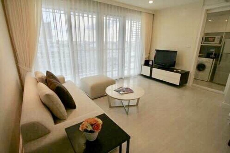 For rent The Bangkok Sathorn  BTS Wongwian Yai 2 bed only 24,000 Bath Fully furnished