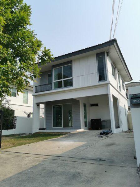 ขายถูกมาก บ้านเดี่ยว อินนิซิโอ ปิ่นเกล้า-วงแหวน Inizio Pinklao-Wongwaen ราคาสุดท้าย พร้อมโอน