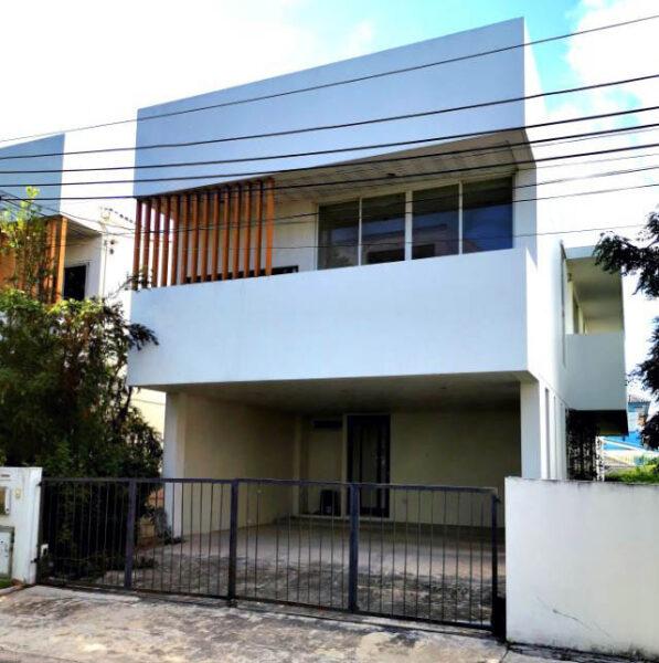 บ้านเดี่ยว คอร์ทยาร์ด วิลล่า พระราม 9 – Courtyard Villa rama 9 บ้านใหม่