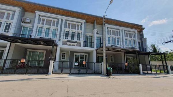 (เจ้าของขายเอง) ขายทาวน์โฮม 4 ห้องนอน GoldenTown สาทร ถนนกัลปพฤกษ์