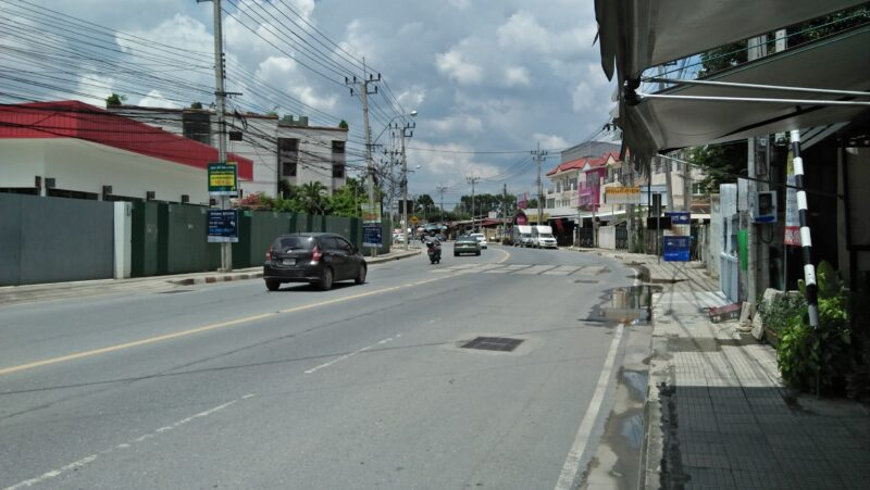 land 1004 sqm. for rent very near  Suan Luang Chalermphrakiate 9 Rd,
