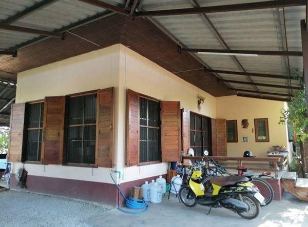 ขายบ้านพร้อมที่ดิน เมืองแพร่ 200 ตร.ว. 5 ห้องนอน ใกล้สถานีขนส่งจังหวัด, Lotus