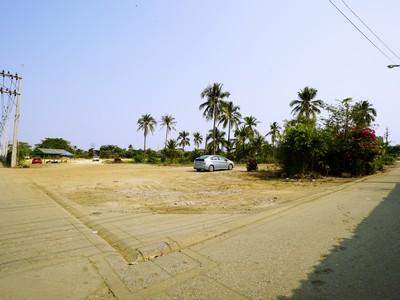 ขาย ที่ดิน ถนนเศรษฐกิจ1 อ้อมน้อย 5 ไร่ 55 ตร.วา รูปที่ดินสวยเป็นสี่เหลี่ยม แปลงมุม เหมาะสร้างโรงงาน