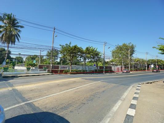 ขาย ที่ดิน ติดถนน พุทธบูชา 2 ไร่ 3 งาน 86 ตร.วา หน้ากว้างติดถนน 115 ม. ระหว่างซอย 34-36 รูปแปลงสี่เหลี่ยมสวย เหมาะทำคอนโด ตึกแถว
