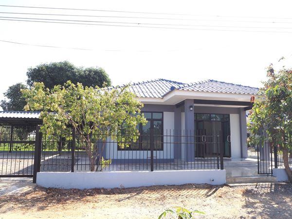 บ้านเดี่ยว 1 ชั้น เนื้อที่ 89 ตร.ว  ม.ช่องสาริกา สาย 3 (บ้านใหม่) อ.พัฒนานิคม จ.ลพบุรี