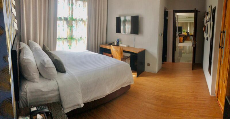Luxury Pent house 2  Beds 3 bath residence  for rent  Asok Fully Furnished High Top View