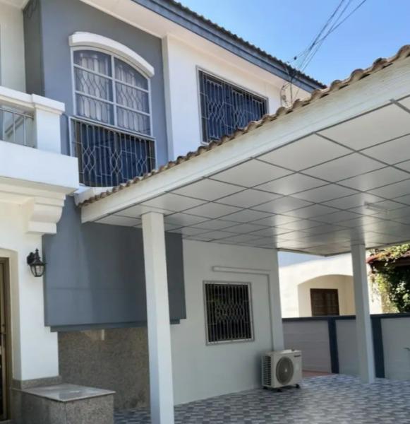 ให้เช่าบ้านเดี่ยว 2 ชั้น หมู่บ้านชลลดา สายไหม ซอย34 มีเฟอร์นิเจอร์ พร้อมอยู่ ค่าเช่า 15,000 บาท