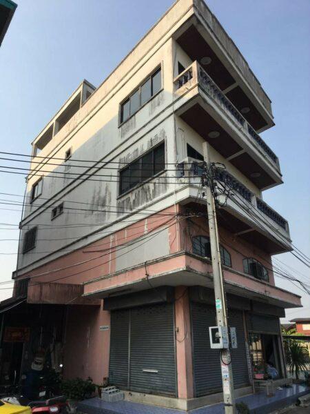 Building for rent อาคารพานิชให้เช่า หนองแขม พื้นที่ 3ชั้น มีดาดฟ้า พร้อมที่จอดรถกว้าง