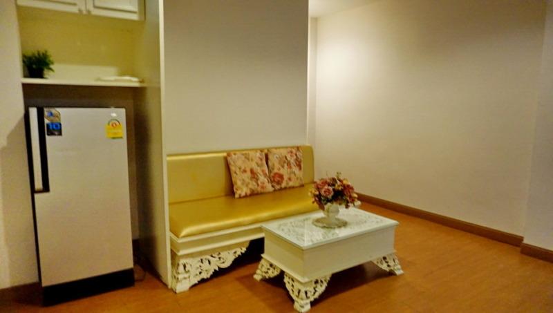 เกสต์เฮ้าส์และห้องให้เช่า : ในเขตตัวเมืองเชียงใหม่ จากประตูเชียงใหม่ 1 กม.