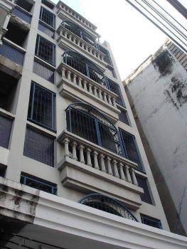 ให้เช่า อาคารพาณิชย์ ติดถนนรามคำแหง ตึกแถว รามคำแหง ใกล้แยกลำสาลี 300 ตรม. 75 ตร.วา ใกล้แยกลำสาลี