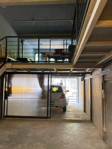 NS040 ให้เช่าอาคารพาณิชย์ 4.5 ชั้น ทำเลดี ย่านเอกมัย สุขุมวิท65 ใกล้BTSเอกมัย มี 3ห้องนอน 4 ห้องน้ำ พื้นที่ใช้สอย 256 ตรม มีเฟอร์นิเจอร์ พร้อมอยู่ เหมาะอาศัย ทำโฮมออฟฟิศ