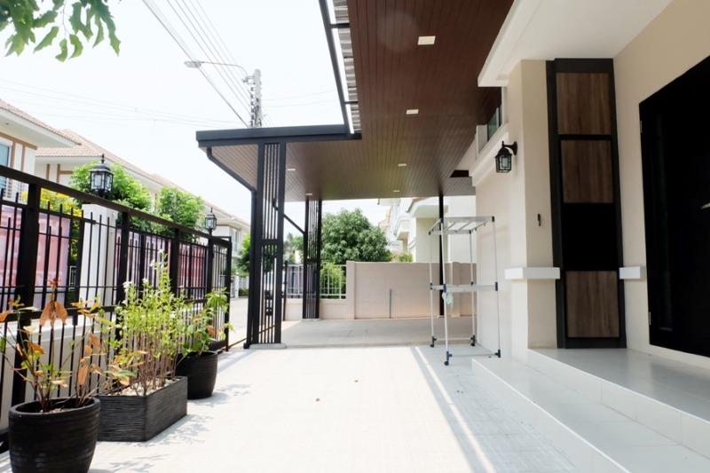 ขายบ้าน 2 ชั้น  บ้านบุรีรมย์ เดอะอินโนเวชั่น ถนนตำหรุ – บางพลี ต.บางพลีใหญ่ อ.บางพลี  จ.สมุทรปราการ