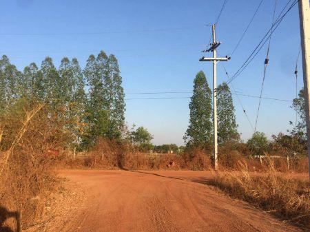 ขาย ที่ดิน ขายที่ดินจำนวน 6 ไร่ต.สามพร้าว อ.เมืองอุดรธานี 6 ไร่ พร้อมออกค่าโอนให้ทั้งหมด
