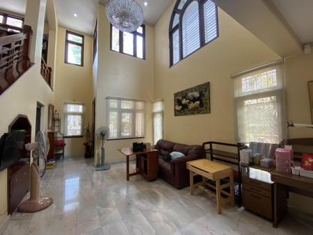 ให้เช่า บ้านเดี่ยว 2 ชั้น หน้าบ้านหันทิศใต้ นันทวัน ศรีนครินทร์ 400 ตรม. 100 ตร.วา ใกล้ Lotus ศรีนครินทร์