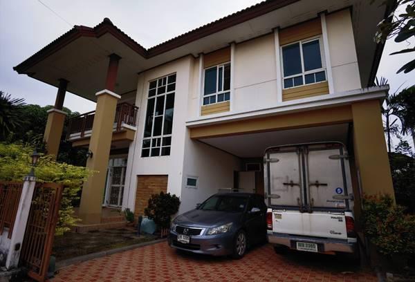 ขายบ้านเดี่ยว 2 ชั้น หมู่บ้านเสริฐศิริ สมุทรสาคร สภาพใหม่ 109 ตร.วา 3 ห้องนอน พร้อมพากระเป๋าอยู่ได้ทันที โทร 063-9594565