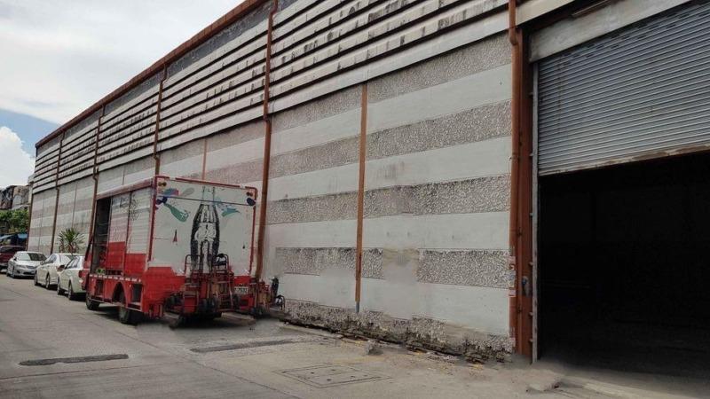 JC135 ให้เช่าอาคารพาณิชย์พร้อมโกดังเก็บสินค้า ติดถนนศรีนครินทร์ เมืองสมุทรปราการ