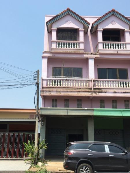 ให้เช่าอาคารพาณิชย์ 3ชั้น 1คูหา ห้องริม ใกล้ตลาดสดกบินทร์บุรี